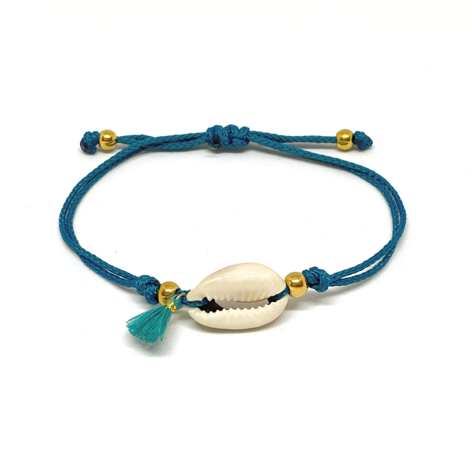 Bracelet With Tassle & Shell