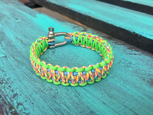 Paracord bracelet - Candy Cane / Neon Green / Baby Blue / Taupe