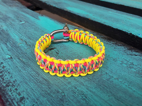 Paracord bracelet - Candy Cane / Neon Yellow / Neon Pink / Turquoise