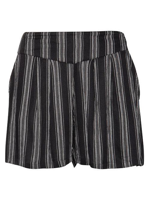 Avens Shorts