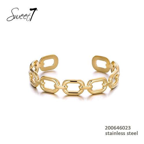Chain Bangle  Gold
