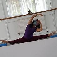 marisa-stretching.png