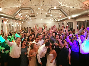 Wedding dj in auburn ny, wedding dj in syracuse ny, wedding entertainment fingerlakes