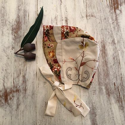 Embroidered brimmed bonnet