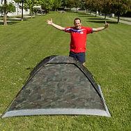 Zeltaufbau geschafft - lustige coole Zelte