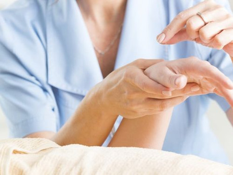 Acupuncture for Easing Cancer Pain