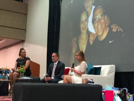 Elwood Cruz y su esposa comparten su historia en el Simposio Ponte de Pie Mujer