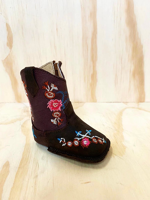 Embroidered baby leather boots