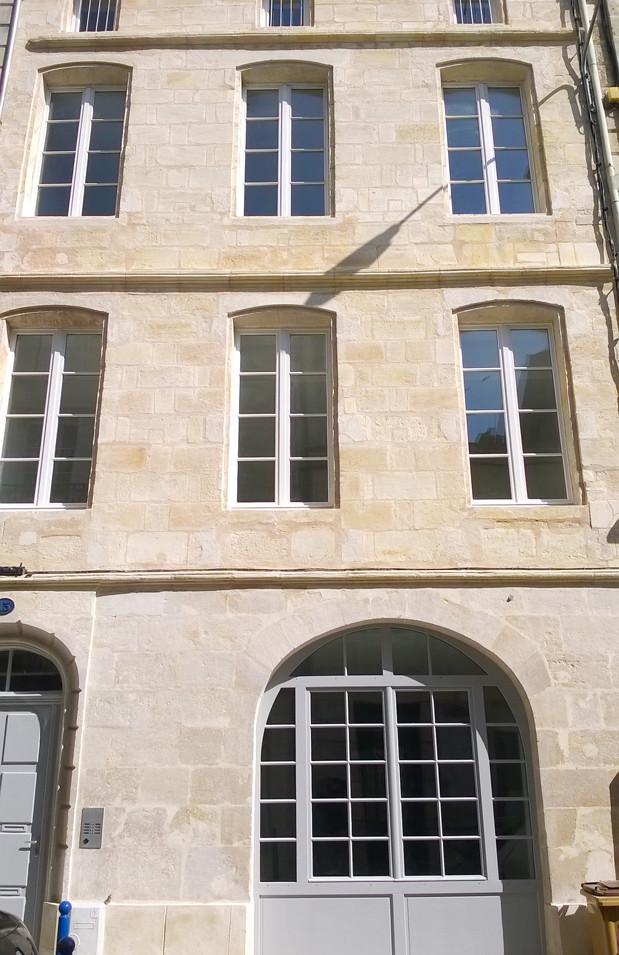 REHABILITATION / IMMEUBLE / LOGEMENT COLLECTIF / HAUSELMANN ARCHITECTURE / ARCHITECTE BLAYE / PIERRE