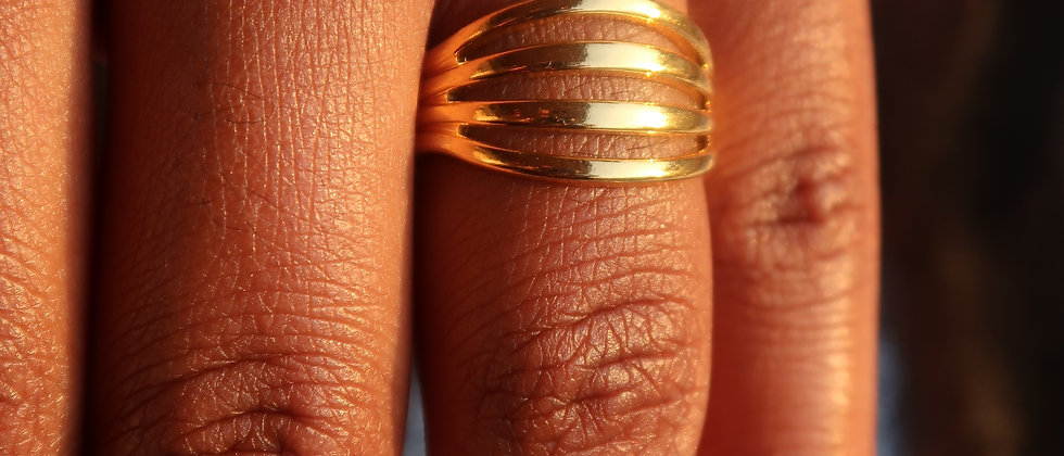Barred Ring