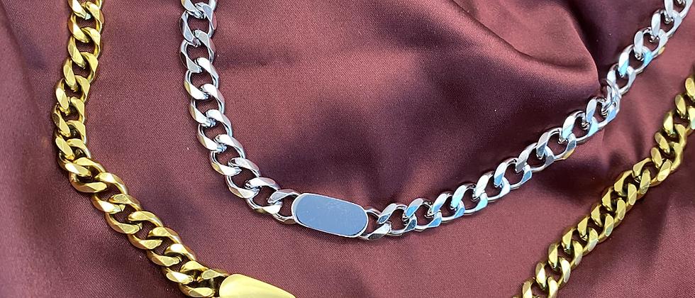 Yé Chain Necklace