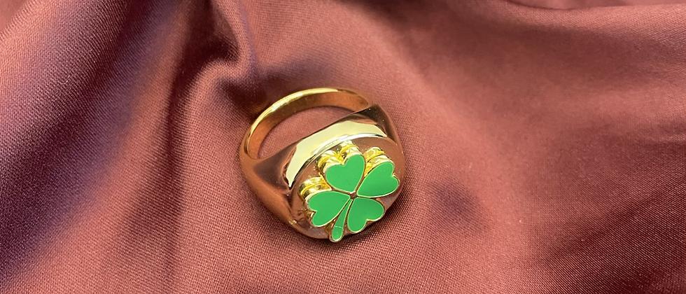 Green Clover Ring