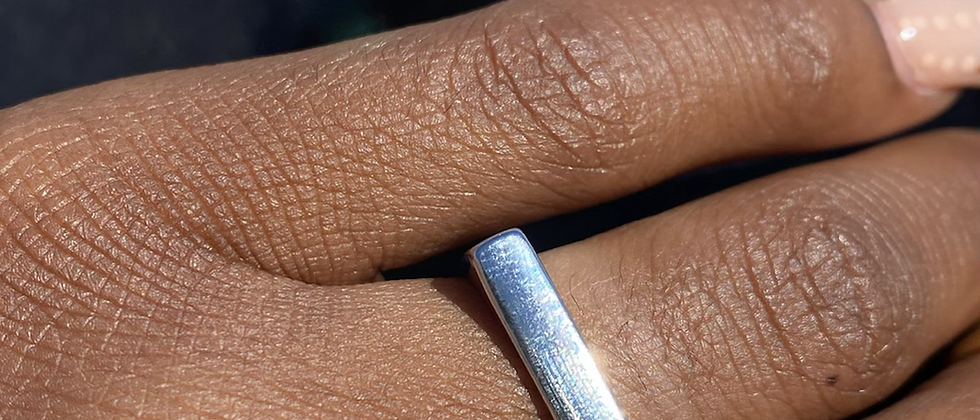 Squared Off Sil Ring