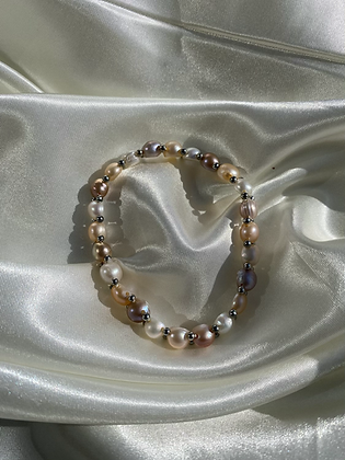 Elastic Multi Pearl Bracelet