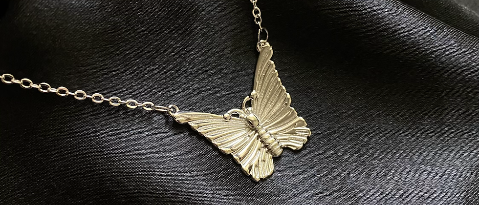 Sil Butterfly Necklace