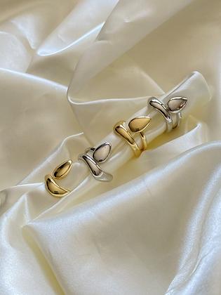 Droplet Fashion Ring Set
