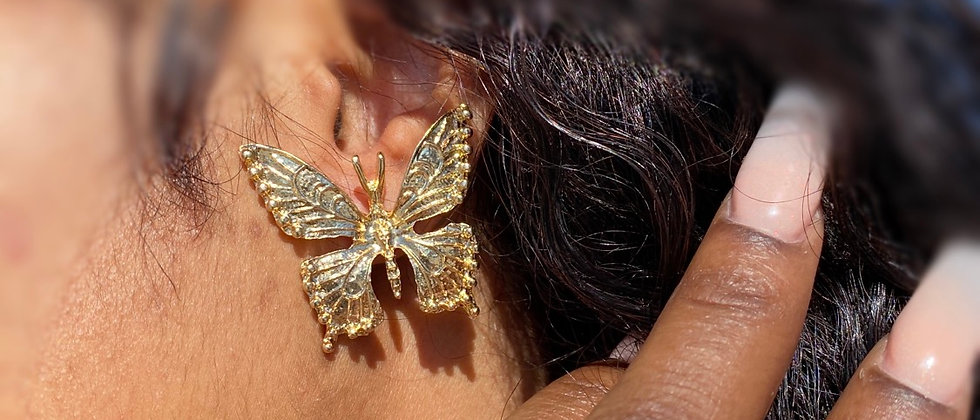 Maj. Butterfly Earring