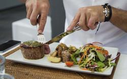 hilton_gastronomia-purobeach-1200x752