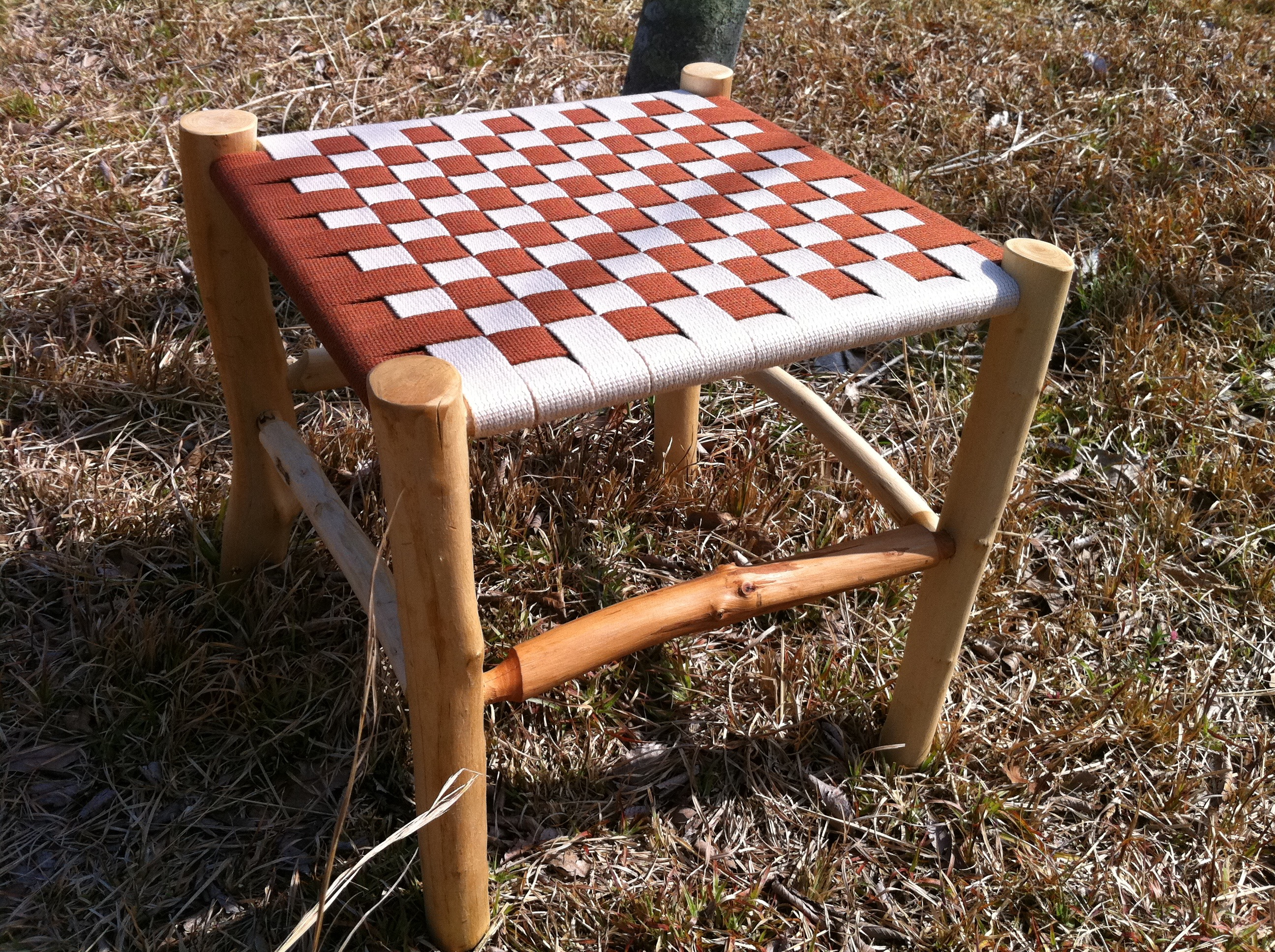 shaker stool 1