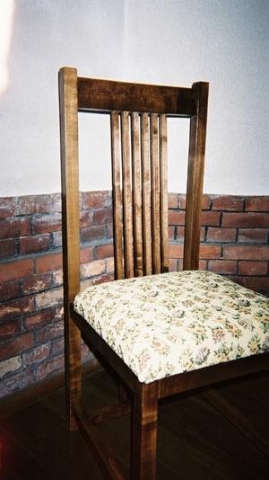 聖ステパノ教会の椅子1