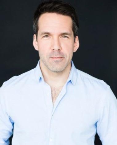 Benoit Finley, le comédien et scénariste derrière de grands projets en 2021!