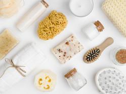 come fare la skincare routine con pochi prodotti (naturali), pochi passaggi e low cost