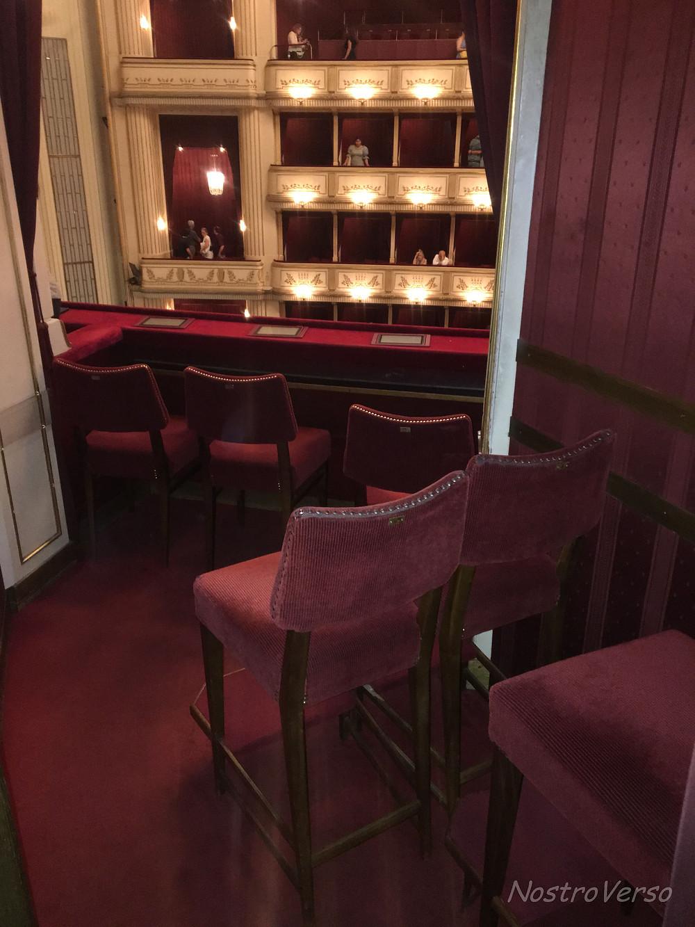 Cabine lateral da Ópera de Viena