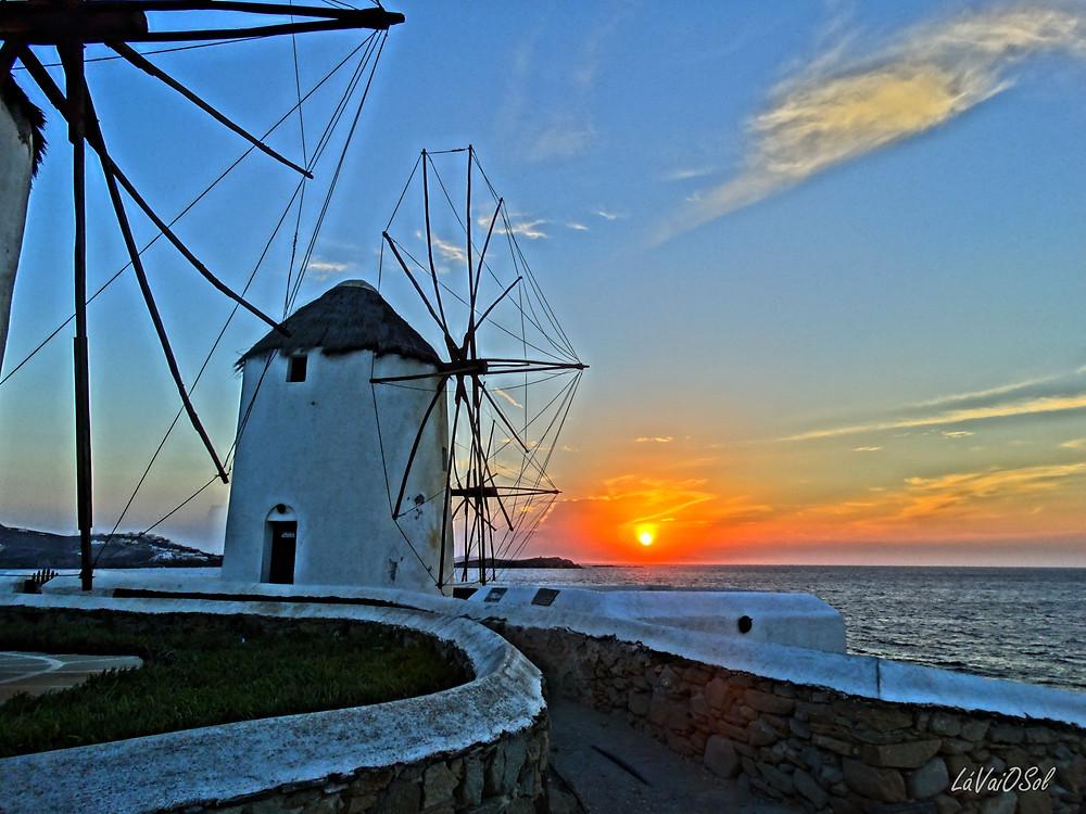 Pôr-do-sol em Míconos - Grécia