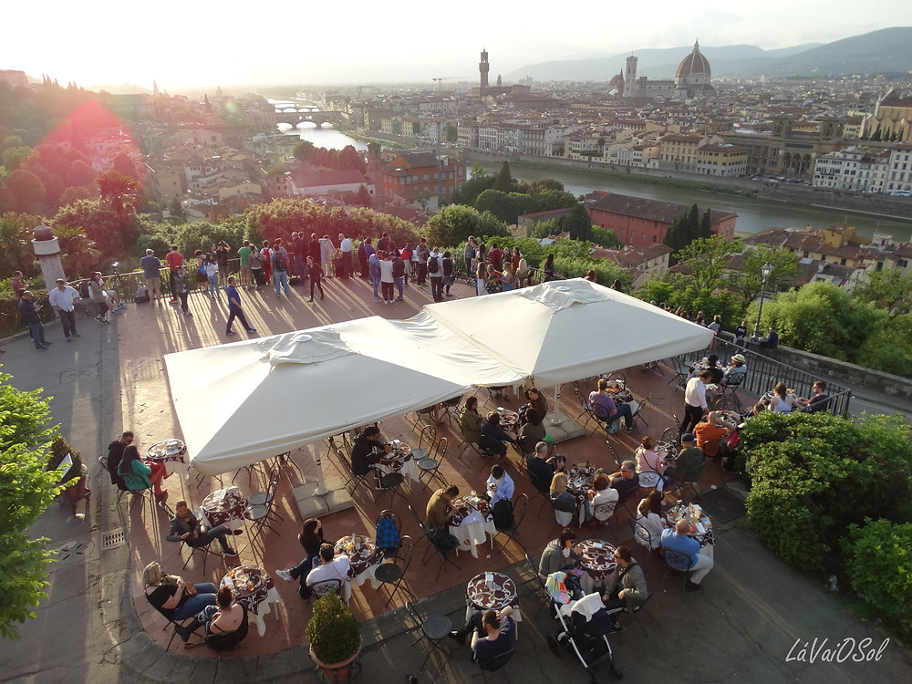 Restaurante na Piazzale Michelangelo
