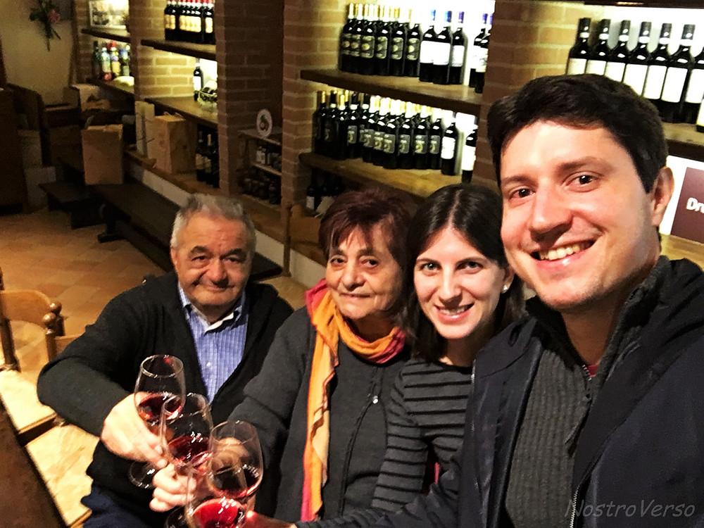 Degustação com o Sr. Luigi e a Dona Silvana.