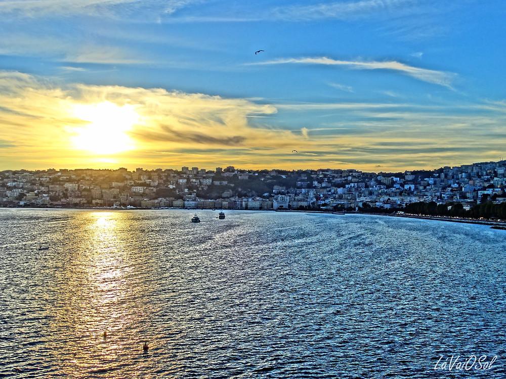 Pôr-do-sol em Nápoles