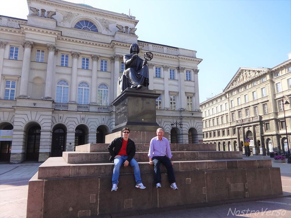 Monumento de Nicolau Copérnico em Varsóvia