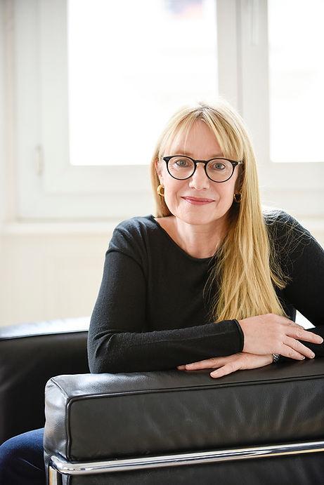 Claudine Ciocca, psychologue spécialisée en psychothérapie FSP, Cabinet St-Laurent à Lausanne, Photos Myriam Ramel - www.lumieredujour.ch