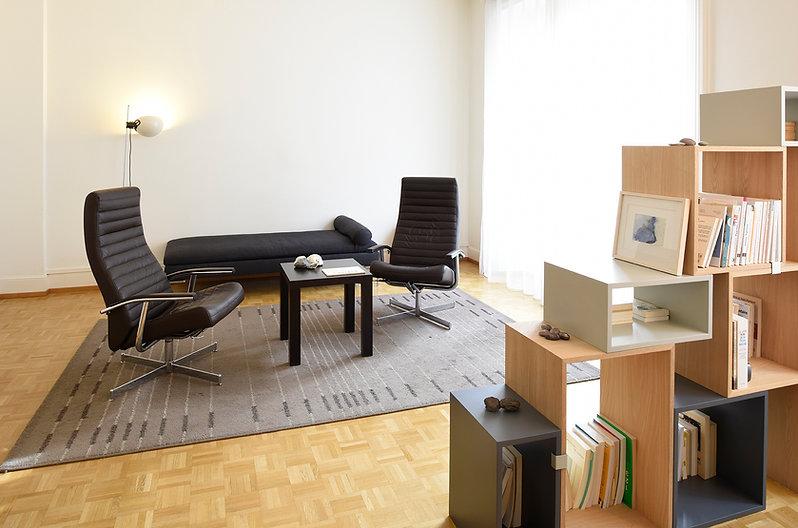 Cabinet de Claudine Ciocca, psychologue spécialisée en psychothérapie FSP, Cabinet St-Laurent à Lausanne, Photo Myriam Ramel - www.lumieredujour.ch