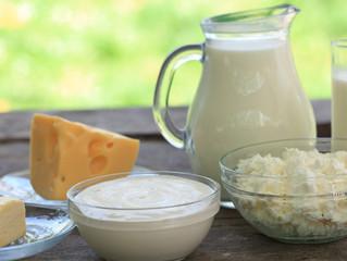Peynir, Yoğurt ve Kefir Bilmecesi: Bebeklere Süt Ürünlerini Ne Zaman Vermeli?
