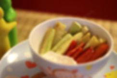 10 aylık bebekler için diş kaşıyıcı parmak sebzeler