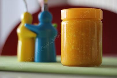 6 aylık bebekler için ek gıda lor peynirli kabak ve havuç püresi