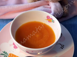 6 aylık bebekler için ek gıda havuç veya balkabağı püresi