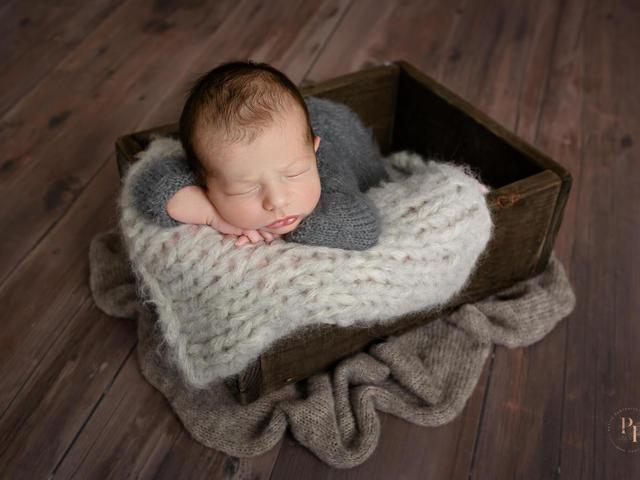 newborn baby photography sheffield chesterfield