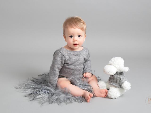 professional-baby-photoshoot-sheffield