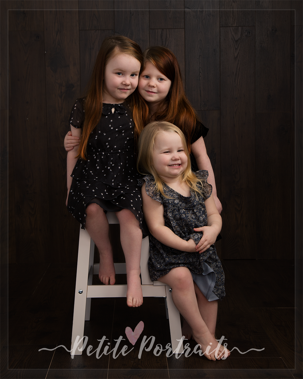 family-photographer-sheffield-childrens-photography-rotherham-petite-portraits-sisters