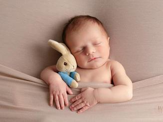 professional newborn professional newborn baby photography Doncaster Sheffield Bassetlaw.jpg