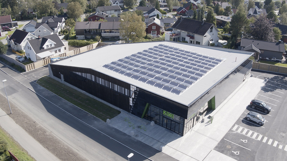 KIWI Dalgård med solcellekraft fra FUSen