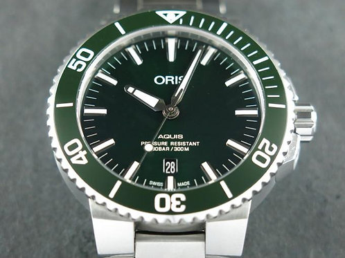 Oris Aquis Date Automatic Green Dial 43mm Mint Complete Set SOLD