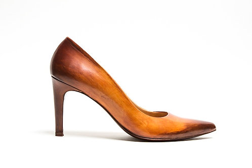 Caramel brown pumps