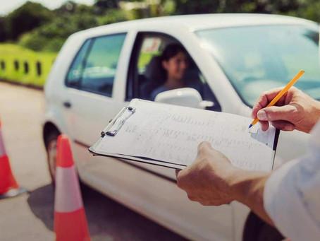 Προσωρινή επαναφορά του παλιού συστήματος εξέτασης για τα διπλώματα οδήγησης | Ελεύθερα κυκλοφορούν