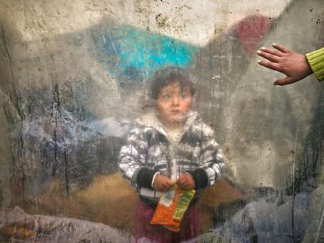 «Θέλω να ζήσω» φωνάζουν στις Μόριες τα προσφυγόπουλα…