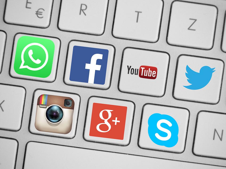 social-media logos