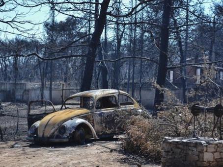 Φωτιά στο Μάτι: Στους 100 οι νεκροί – Πέθανε 73χρονος εγκαυματίας