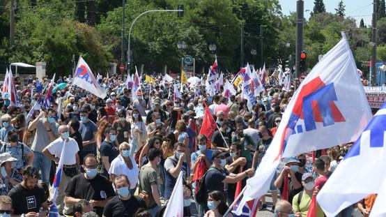 Μεγάλες απεργιακές συγκεντρώσεις σε όλη την Ελλάδα ενάντια στο νομοσχέδιο έκτρωμα του κ. Χατζηδάκη